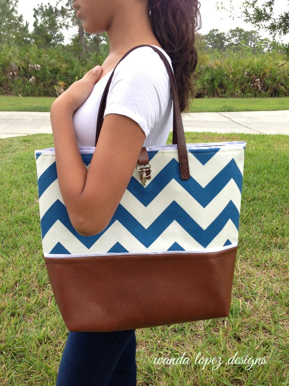 Nautical-Chevron-and-Leather-Tote-WLDesigns-shoulderbag